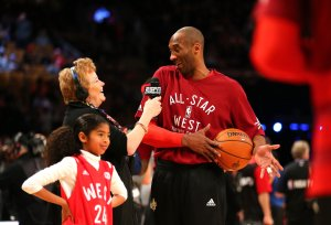 Kobe Bryant warms up with daughter Gianna Bryant during the NBA All-Star Game 2016 at the Air Canada Centre on Feb. 14, 2016 in Toronto, Ontario. (Credit: Elsa/Getty Images)